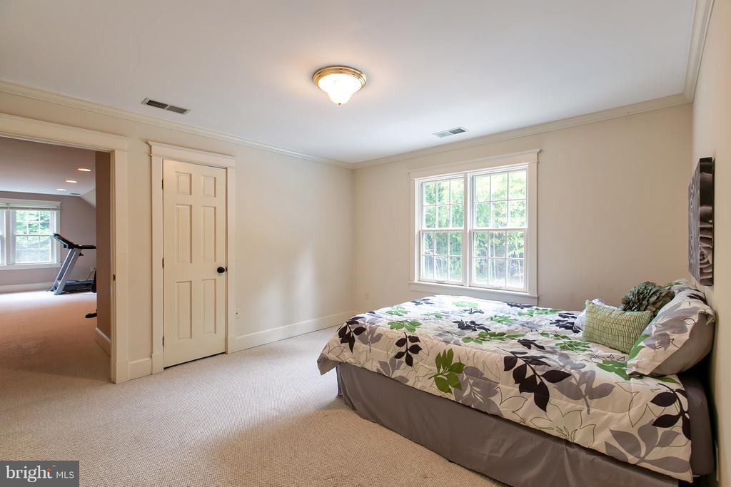 Bedroom 3 w/ Bonus Room - 16808 OAK HILL RD, SILVER SPRING