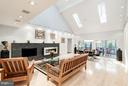 Vaulted ceilings and skylights - 11903 TRIPLE CROWN RD, RESTON