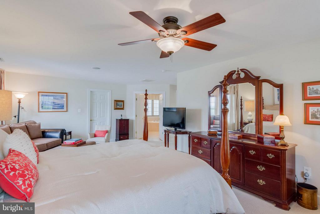 Bedroom (Master) - 3428 LOGSTONE DR, TRIANGLE