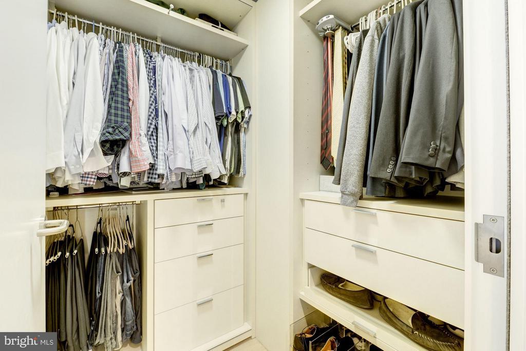 Walk-in Closet - 925 H ST NW #708, WASHINGTON