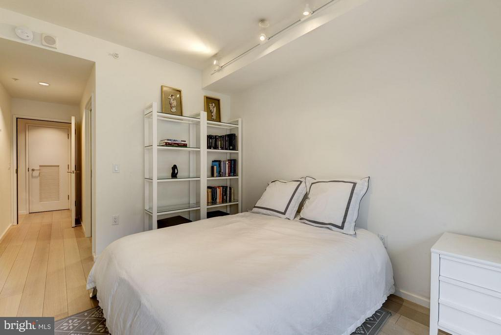 2nd Bedroom - 925 H ST NW #708, WASHINGTON