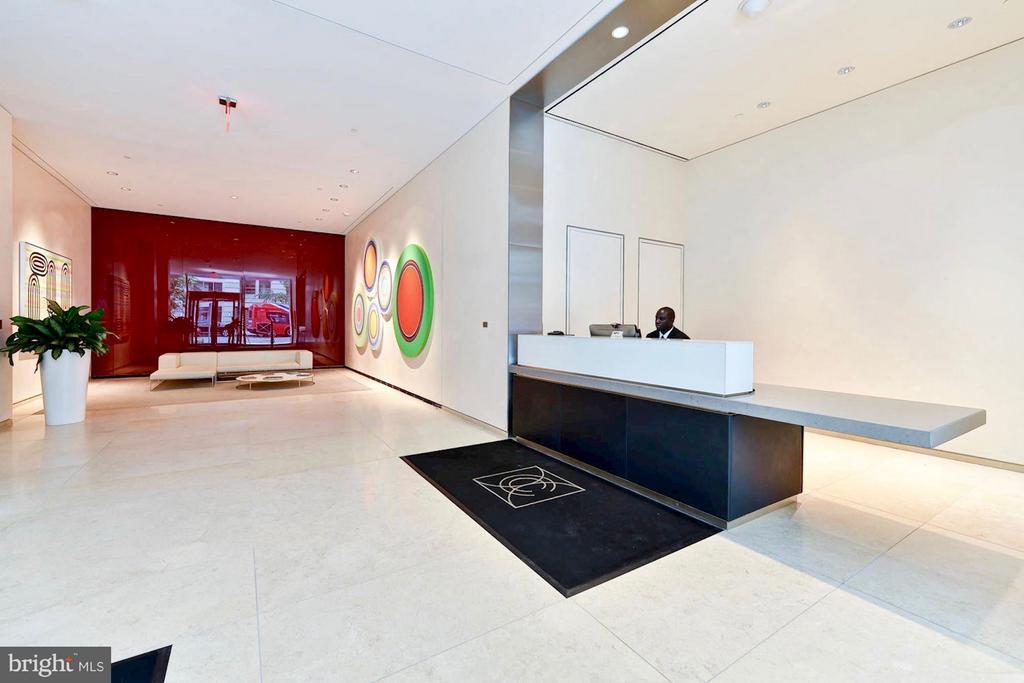 The lobby - 925 H ST NW #708, WASHINGTON