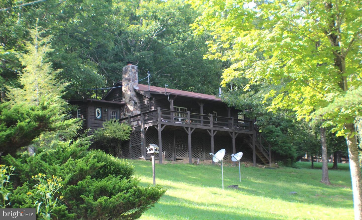 Single Family for Sale at 7540 Smoke Hole Rd Cabins, West Virginia 26855 United States