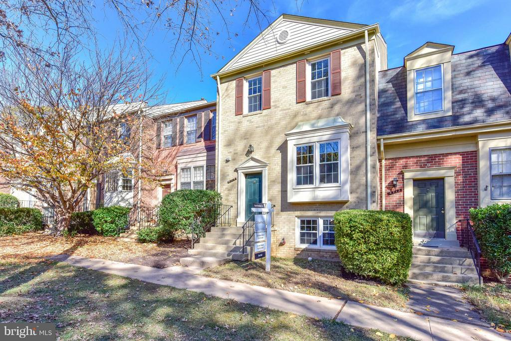 4715  GAINSBOROUGH DRIVE 22032 - One of Fairfax Homes for Sale