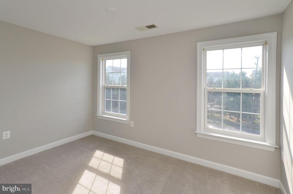 Bedroom 2 - 13685 VENTURI LN #240, HERNDON