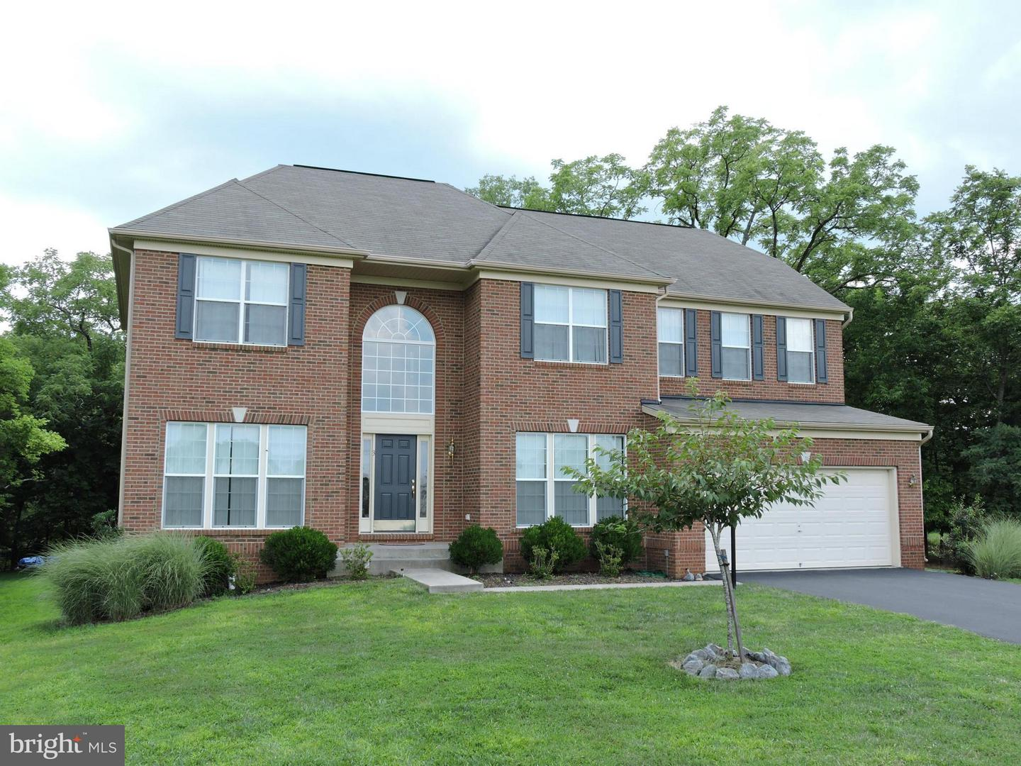 Other Residential for Rent at 3 Summer Grove Ln Kearneysville, West Virginia 25430 United States