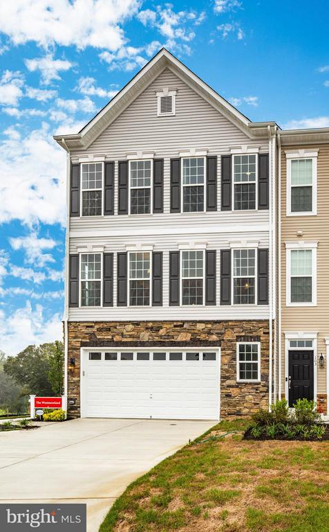 Photos shown are of model home - THRESHER LN, STAFFORD
