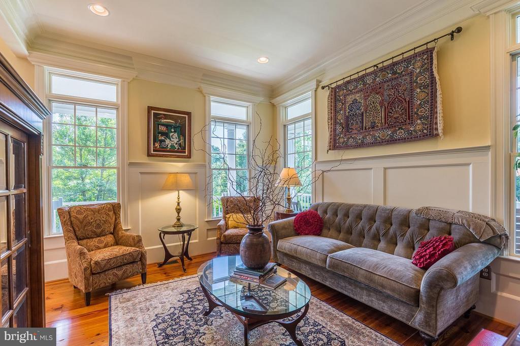 Living Room / Parlour - 14422 LIGHTNER RD, HAYMARKET