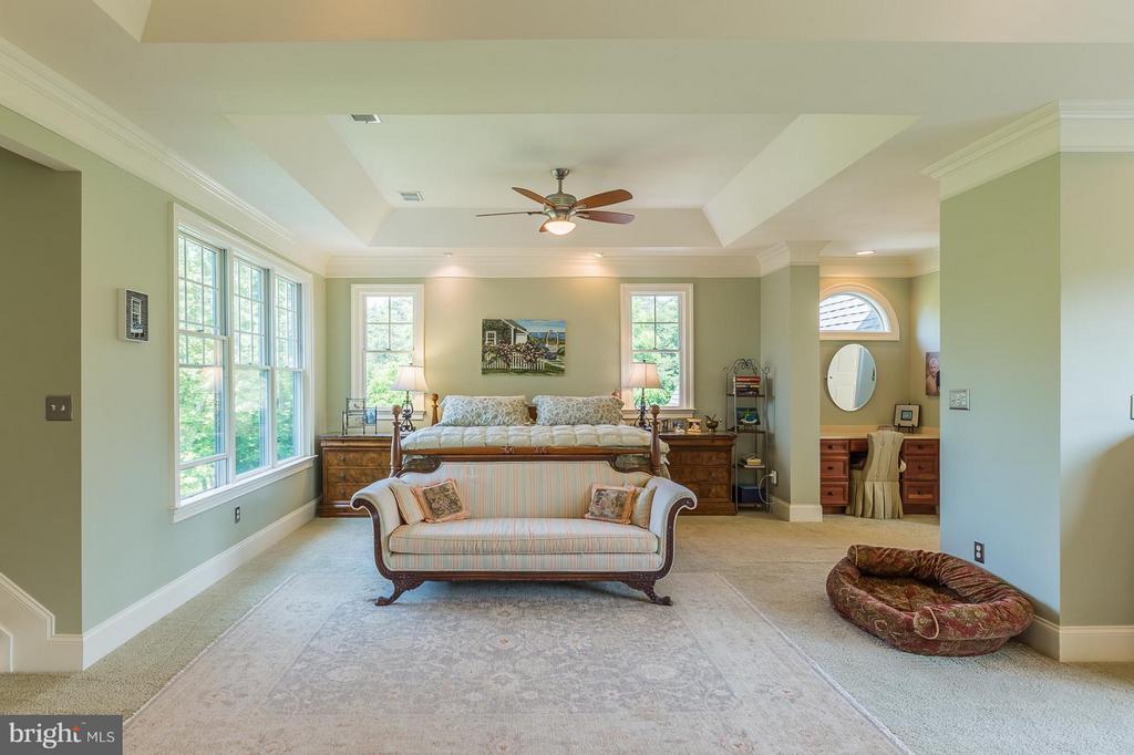 Master bedroom with sitting and vanity areas - 14422 LIGHTNER RD, HAYMARKET
