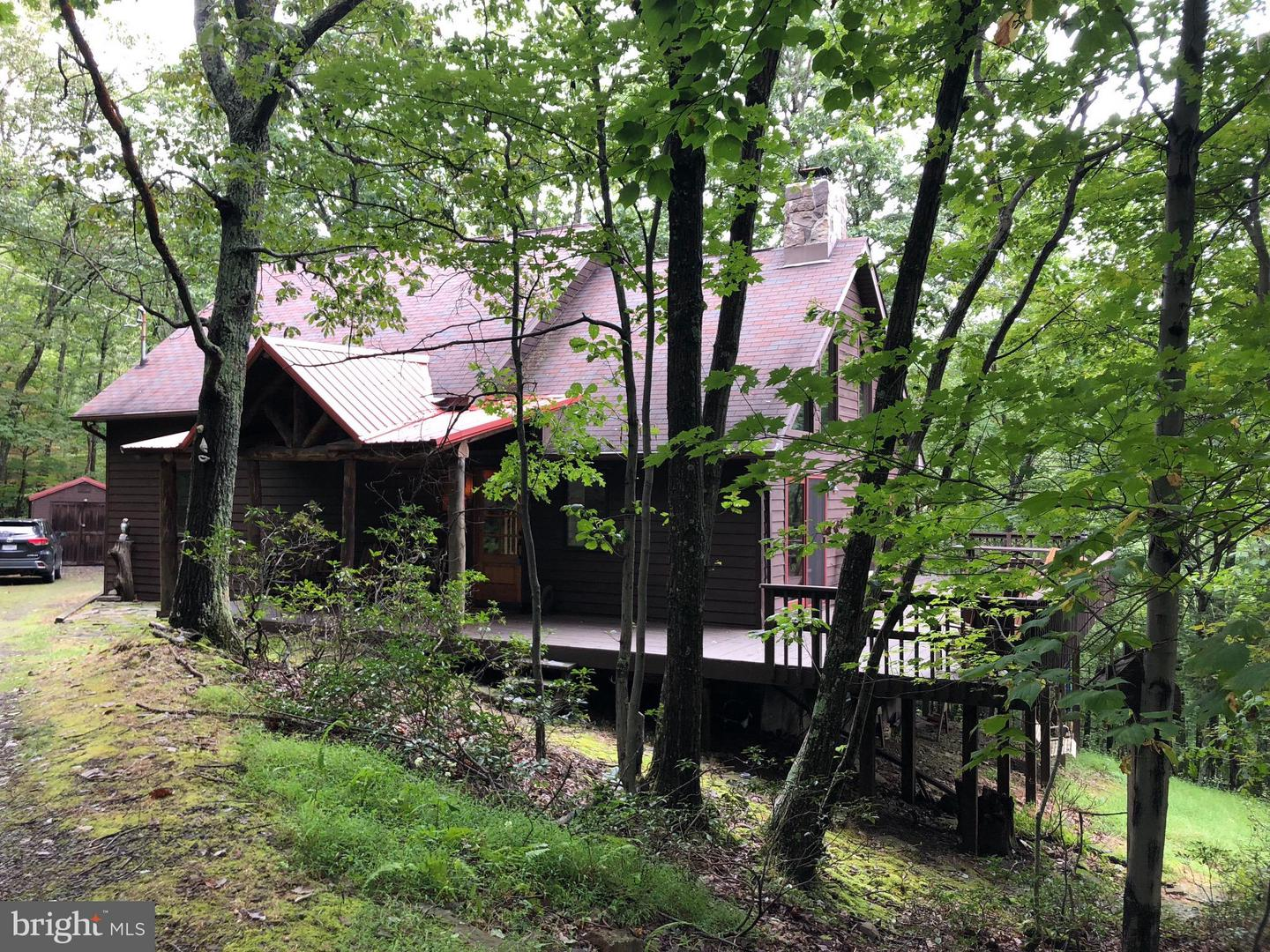 Single Family for Sale at 468 Red Fox Rd Maysville, West Virginia 26833 United States