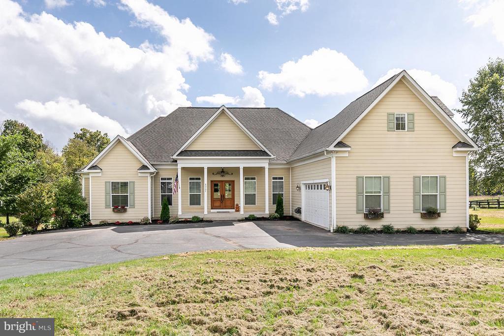 Exterior (Front) - 40727 LOVETTSVILLE RD, LOVETTSVILLE