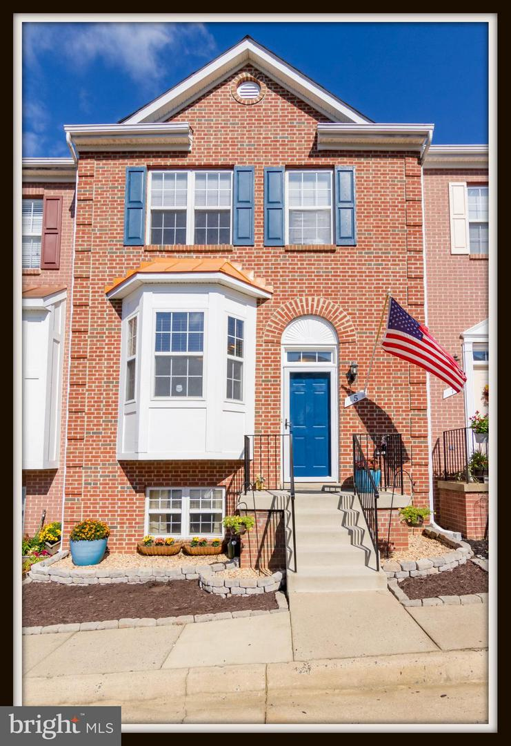Photo of home for sale at 5 Townes Place, Fredericksburg VA