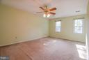 Plenty of Space! - 402 AUTUMN OLIVE WAY, STERLING