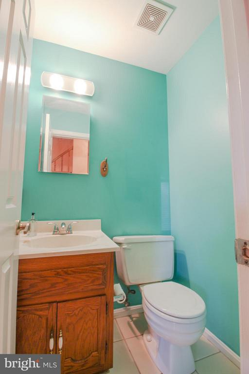 Half Bathroom on Main Level - 402 AUTUMN OLIVE WAY, STERLING