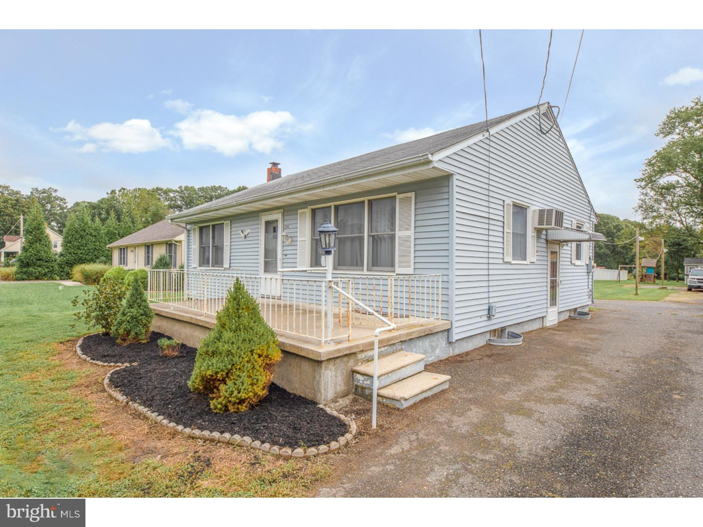 Single Family Home for Sale at 214 OLD DEERFIELD PIKE Upper Deerfield Township, New Jersey 08302 United States