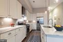 A magnificent kitchen. - 630 14TH ST NE #3, WASHINGTON