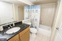 Nice shower/tub area - 915 E ST NW #306, WASHINGTON