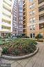Private garden area for residents - 915 E ST NW #306, WASHINGTON