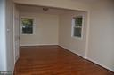 Master bedroom - 7412 BRADDOCK RD, ANNANDALE