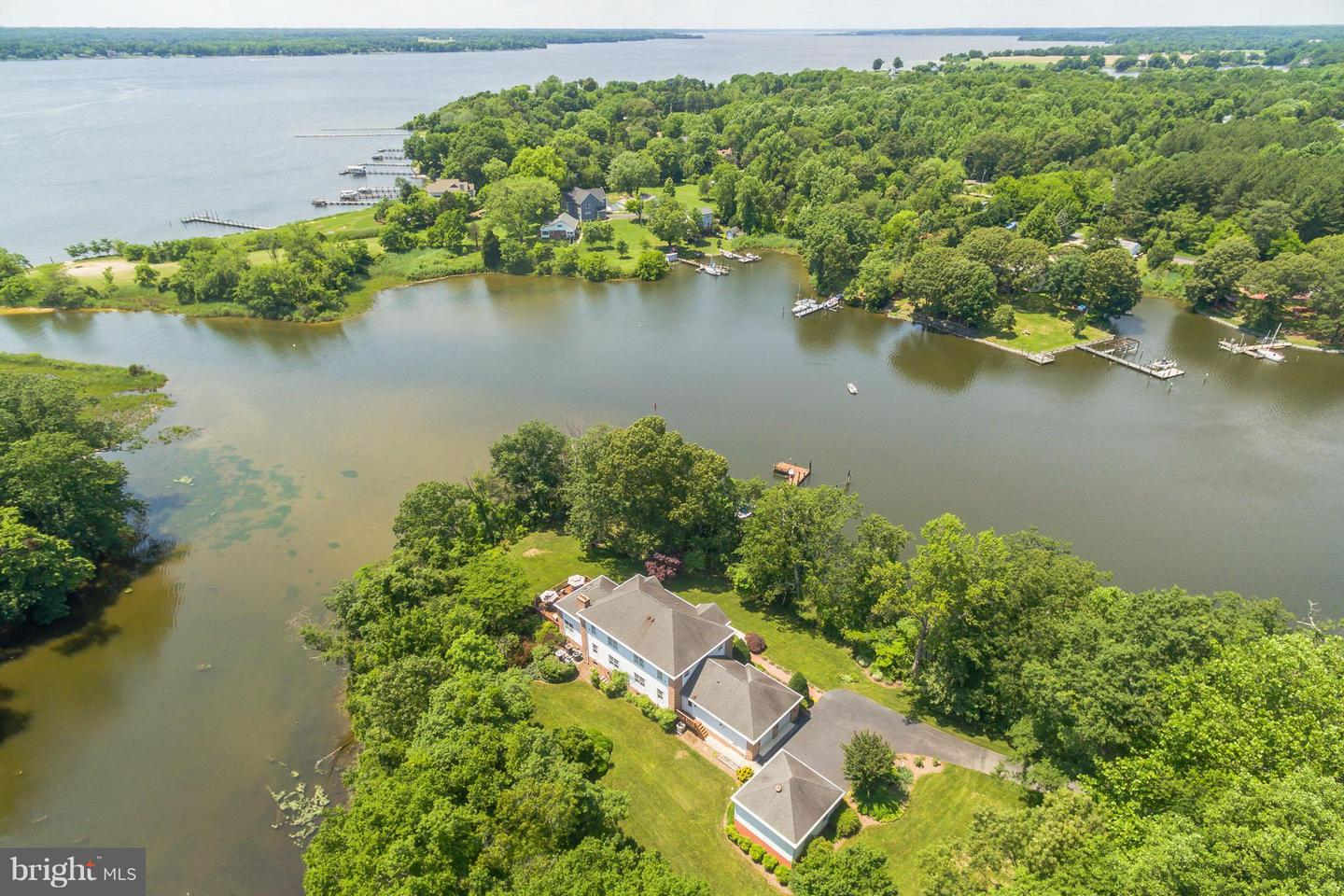 Single Family for Sale at 500 Swaggers Point Rd Solomons, Maryland 20688 United States