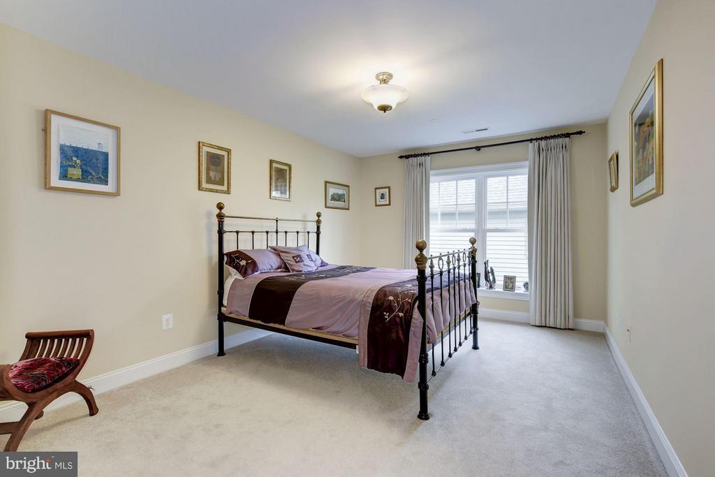 Bedroom - 4516 WINDSOR LN, BETHESDA
