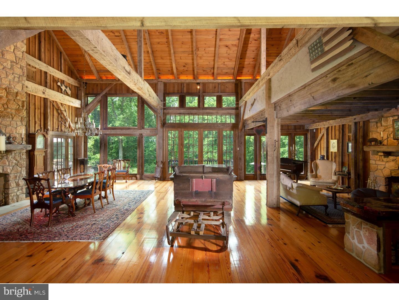 Частный односемейный дом для того Продажа на 175 PLEASANT VALLEY Road Hopewell, Нью-Джерси 08560 Соединенные ШтатыВ/Около: Hopewell Township