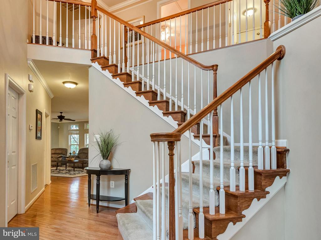 Two-story entry. - 9038 CLENDENIN WAY, FREDERICK