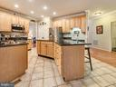 Plenty of cabinetry & stainless steel appliances. - 9038 CLENDENIN WAY, FREDERICK