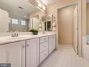 Master bath w/dual sinks. - 9038 CLENDENIN WAY, FREDERICK