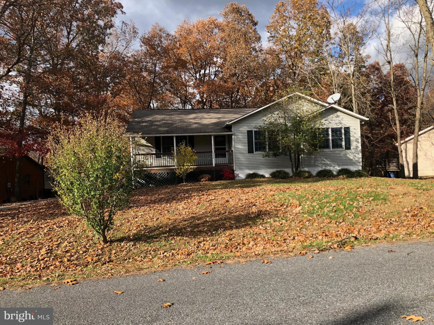 Other Residential for Rent at 305 Sunset Cir Cross Junction, Virginia 22625 United States