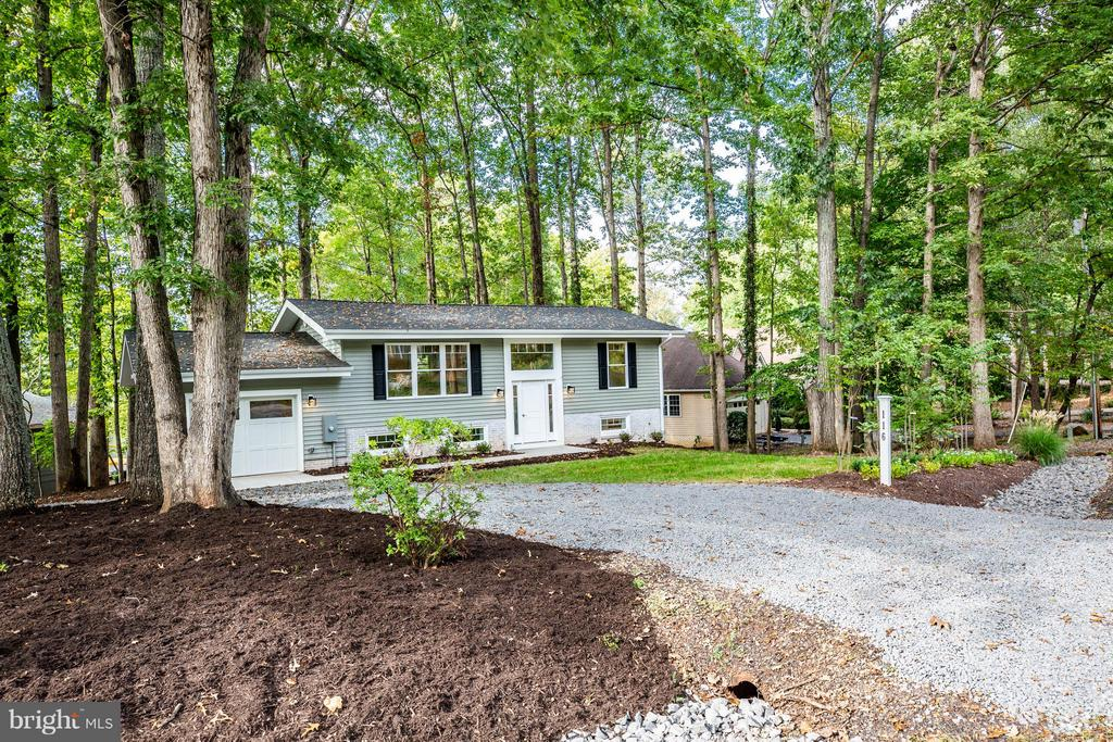 Completely renovated from foundation up in 2018 - 116 FEDERAL RD, LOCUST GROVE