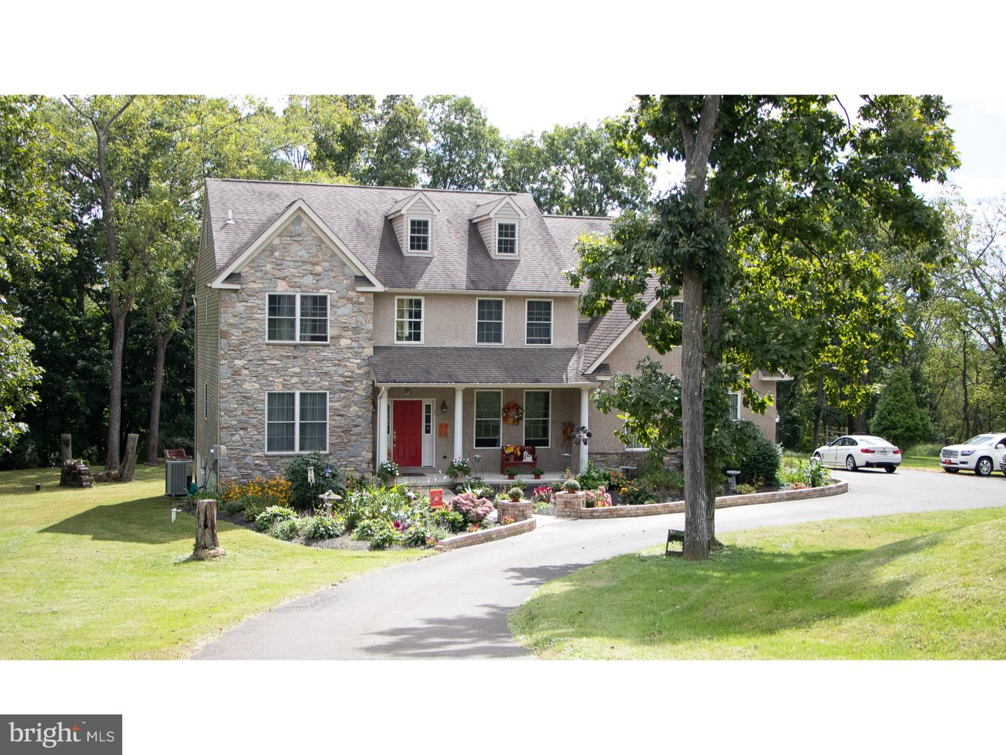 Photo of home for sale at 588 Ridge Road, Telford PA