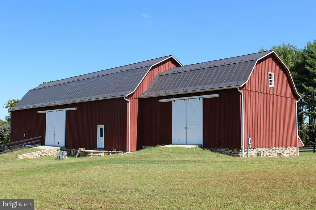 Storage Barn - 21011 ST LOUIS RD, MIDDLEBURG