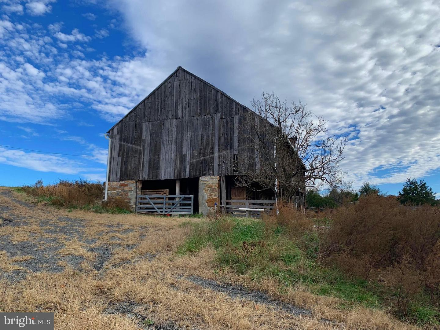 Farm for Sale at 1147 Pifer Rd Star Tannery, Virginia 22654 United States