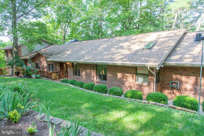 Single Family for Sale at 1714 Kinderhook Rd Hood, Virginia 22723 United States