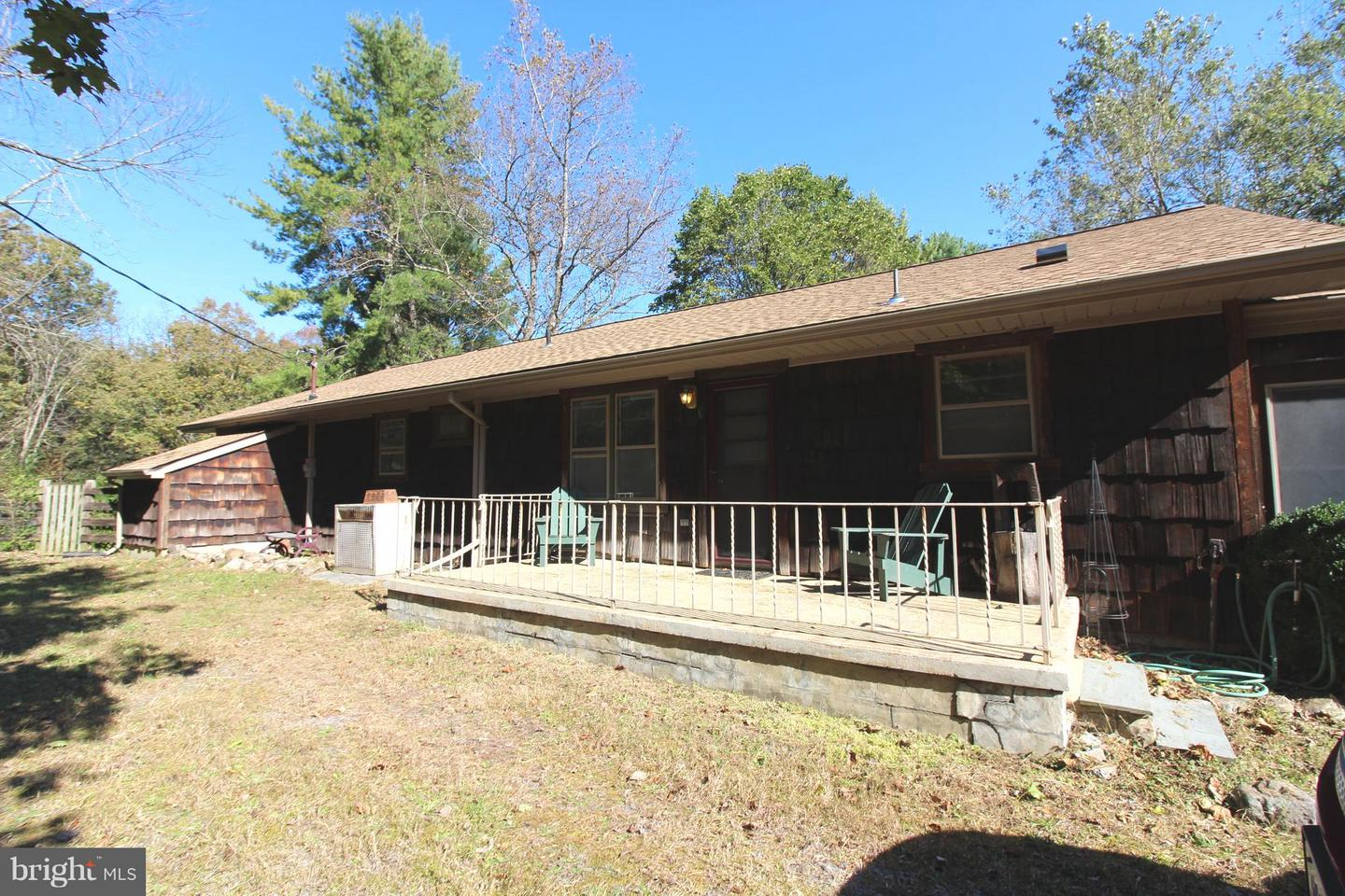 Other Residential for Rent at 1091 Hickory Ln Fort Valley, Virginia 22652 United States