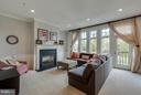 Lots of Natural Light - 23359 RAINBOW ARCH DR, CLARKSBURG