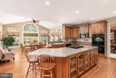 Kitchen - 5516 LIBER CT, GAINESVILLE