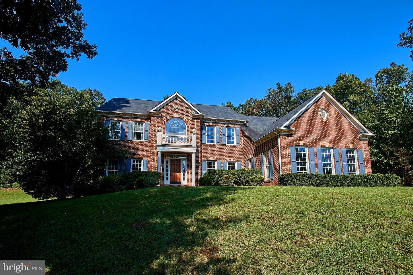 Single Family for Sale at 3184 Somerset Dr Jeffersonton, Virginia 22724 United States