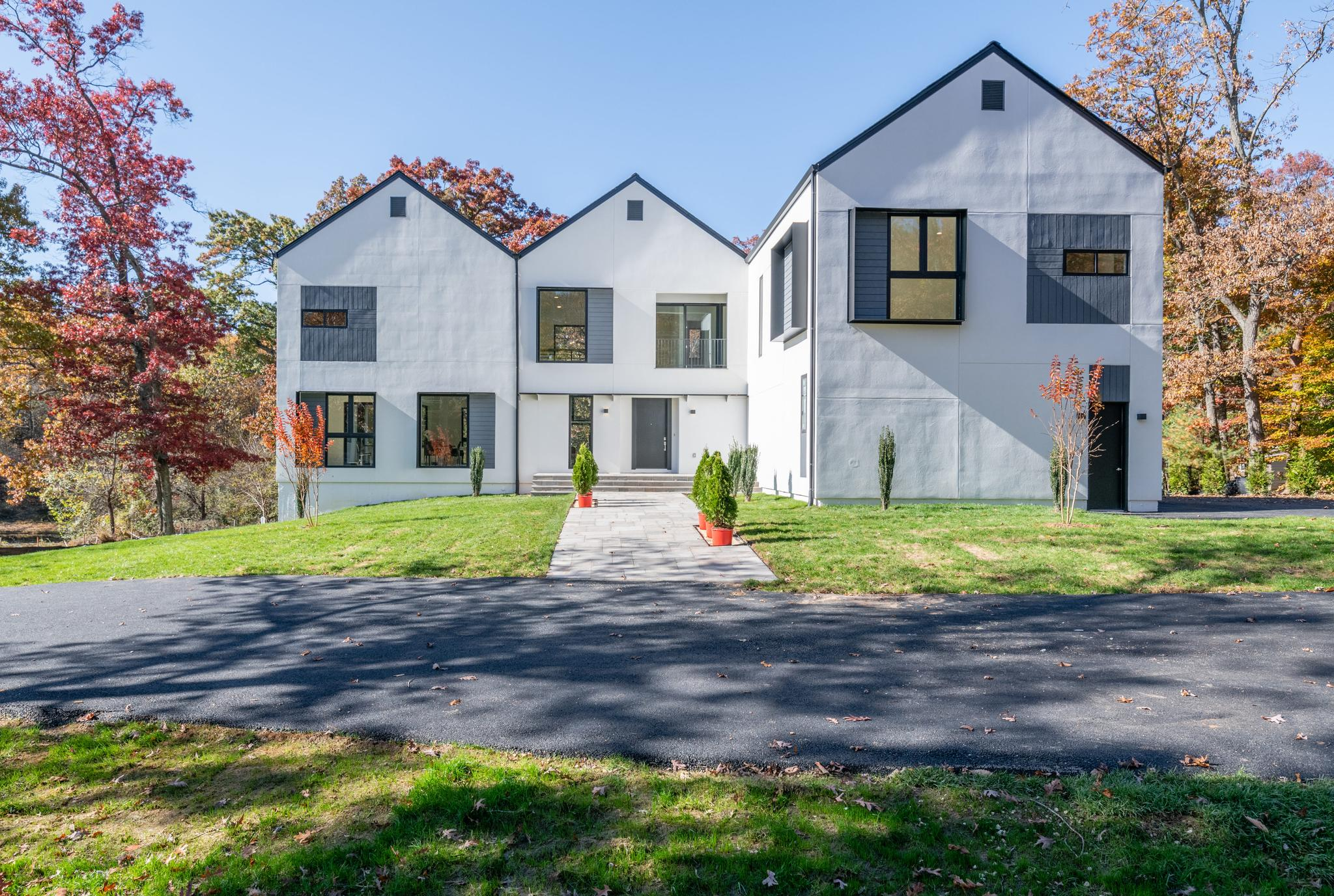 Single Family Home for Sale at 4400 Olley Lane 4400 Olley Lane Fairfax, Virginia 22032 United States