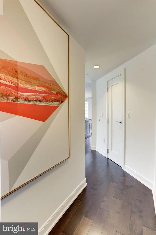 Entry Foyer - 1111 19TH ST N #2107, ARLINGTON