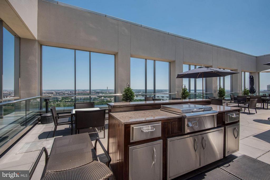 Rooftop Terrace - 1111 19TH ST N #2107, ARLINGTON