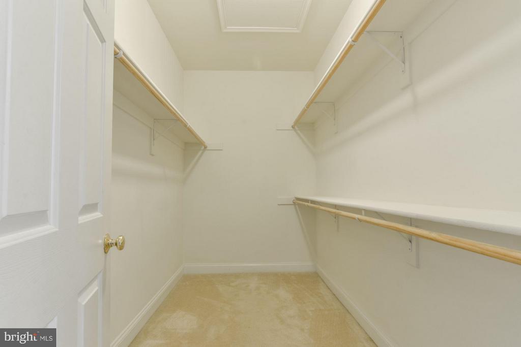 Walk-in Closet - 46 ARDEN LN, STAFFORD