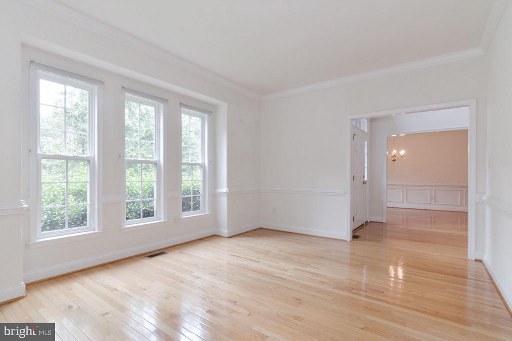 Living Room - 46 ARDEN LN, STAFFORD