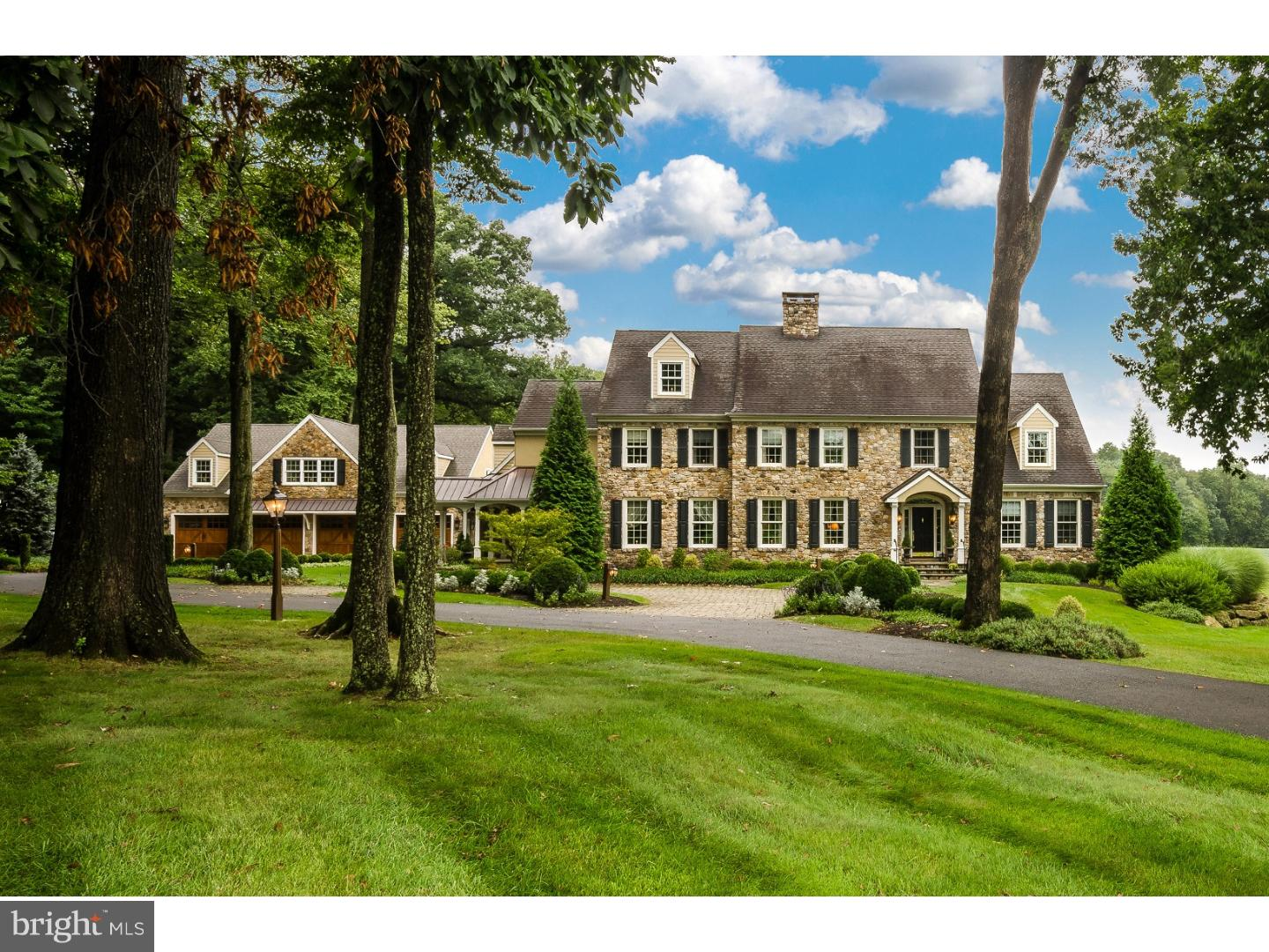 Single Family Home for Sale at 5548 INDIAN RIDGE Road Doylestown, Pennsylvania 18902 United States