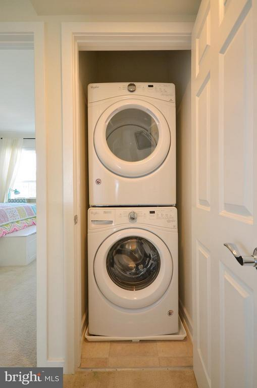 Bedroom Level Washer and Dryer - 19959 MAJOR SQ, ASHBURN