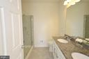 Master Bath  w/Dual Sink Vanity w/granite - 19959 MAJOR SQ, ASHBURN