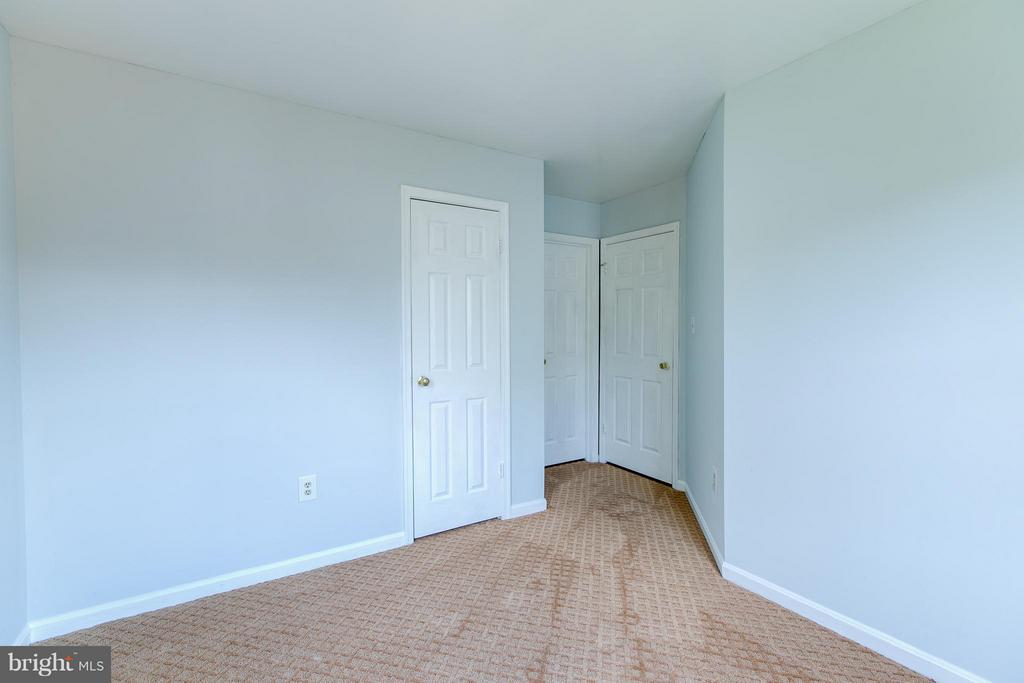 2nd Bedroom - 301 KNOLLWOOD CT, STAFFORD