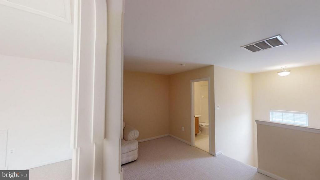 3rd floor suite - 805 MONUMENT SQ, WOODBRIDGE