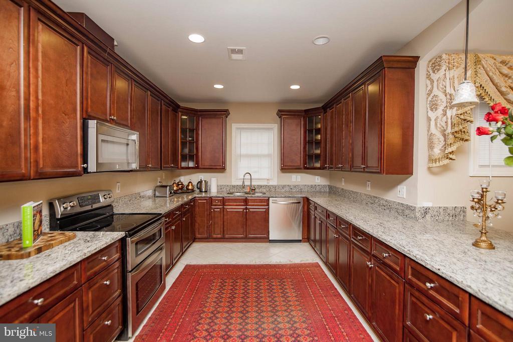 Kitchen - 7909 ASHTON ST, ALEXANDRIA